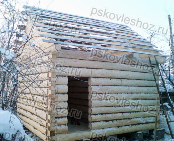 Сруб бани 4 на 4 с двускатной крышей